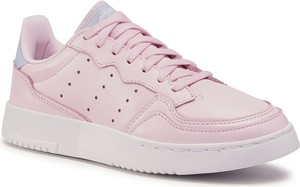 Różowe buty sportowe eobuwie.pl z płaską podeszwą sznurowane