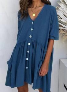 Niebieska sukienka Arilook z dekoltem w kształcie litery v w stylu boho z długim rękawem