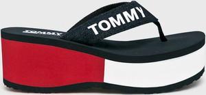 Klapki Tommy Jeans na platformie