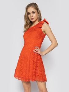 Czerwona sukienka Guess mini bez rękawów