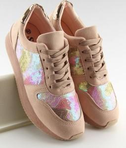 Różowe buty sportowe MojBut.pl z zamszu z płaską podeszwą