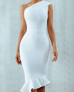 Sukienka Kendallme bez rękawów z okrągłym dekoltem