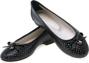 Czarne baleriny Lafemmeshoes w stylu klasycznym ze skóry