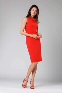 Czerwona sukienka Nommo ołówkowa midi
