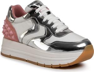 Srebrne buty sportowe Voile Blanche sznurowane z zamszu na platformie