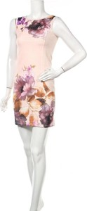 Sukienka The Still bez rękawów z okrągłym dekoltem mini