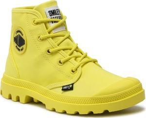 Żółte buty zimowe Palladium sznurowane