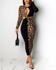 Sukienka Kendallme dopasowana z długim rękawem midi