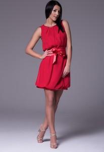 Czerwona sukienka Wox z okrągłym dekoltem z tkaniny bez rękawów