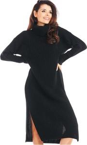 Sukienka Awama w stylu casual z golfem wyszczuplająca