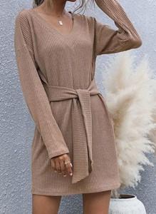 Brązowa sukienka Cikelly z dekoltem w kształcie litery v w stylu casual z długim rękawem
