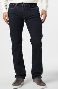 Niebieskie jeansy Pierre Cardin w street stylu