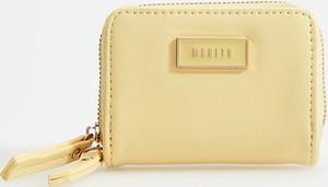 Żółty portfel Mohito