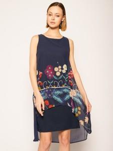Sukienka Desigual w stylu casual z okrągłym dekoltem