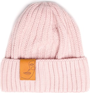 Różowa czapka Be