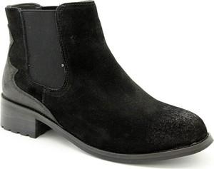 Czarne botki American Club na obcasie ze skóry w stylu casual