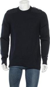 Sweter Nike w sportowym stylu