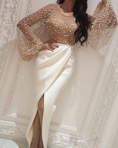 Złota sukienka Kendallme z długim rękawem maxi