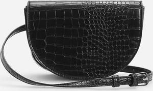 Czarna torebka Reserved na ramię lakierowana ze skóry