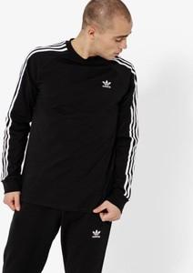 Czarny t-shirt Adidas w sportowym stylu z długim rękawem