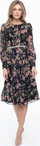 Sukienka Lavard z zamszu midi z długim rękawem