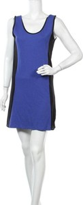 Niebieska sukienka Walk And Talk prosta bez rękawów mini