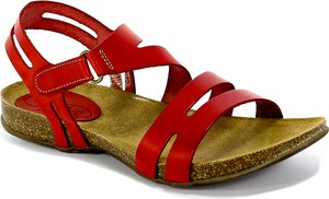 Czerwone sandały Spk Shoes z płaską podeszwą z klamrami ze skóry