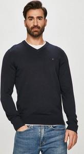 Czarny sweter Tommy Hilfiger z jedwabiu w stylu casual