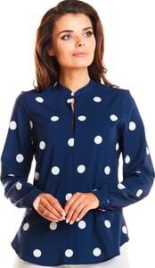 Granatowa bluzka Awama z dekoltem w kształcie litery v z długim rękawem