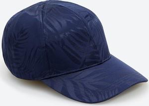 Niebieska czapka Reserved z nadrukiem