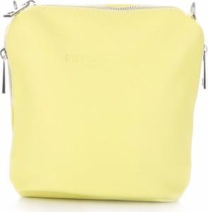Żółta torebka torbs