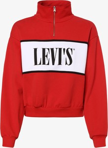 Czerwona bluza Levis w młodzieżowym stylu