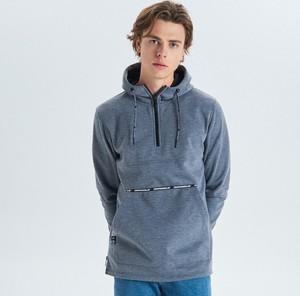 Niebieska bluza Cropp w młodzieżowym stylu z plaru