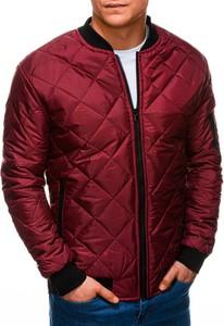 Czerwona kurtka Edoti krótka w stylu casual