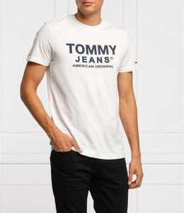 T-shirt Tommy Jeans w młodzieżowym stylu z krótkim rękawem z bawełny