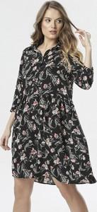 Sukienka born2be mini z długim rękawem rozkloszowana
