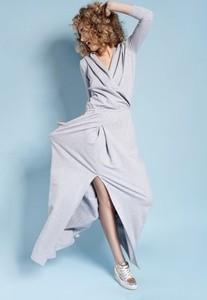 Sukienka Madnezz maxi w sportowym stylu