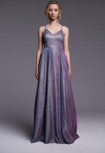 Fioletowa sukienka Ella Boutique na ramiączkach maxi