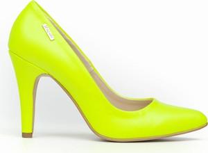 Szpilki Zapato ze skóry w stylu klasycznym ze spiczastym noskiem