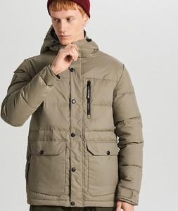Zielona kurtka Cropp w młodzieżowym stylu