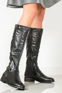 Czarne kozaki Merg przed kolano w stylu casual z płaską podeszwą