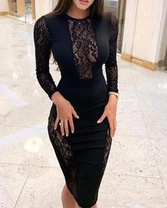 Sukienka Kendallme midi z okrągłym dekoltem dopasowana