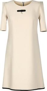 Sukienka Fokus midi w stylu klasycznym z okrągłym dekoltem
