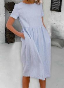 Sukienka Cikelly z okrągłym dekoltem w stylu casual z krótkim rękawem