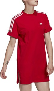 Czerwona sukienka Adidas z bawełny z krótkim rękawem z okrągłym dekoltem