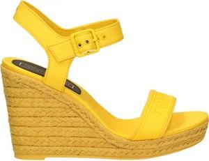 Żółte sandały Tommy Hilfiger