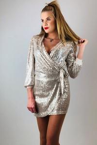 Złota sukienka N/A z długim rękawem
