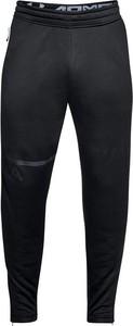 Czarne spodnie sportowe Under Armour w street stylu z tkaniny