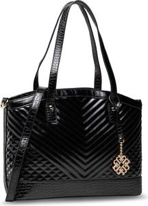 Czarna torebka Monnari lakierowana na ramię duża