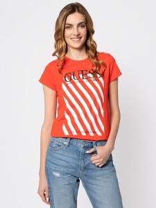Czerwony t-shirt Guess z okrągłym dekoltem w młodzieżowym stylu z krótkim rękawem